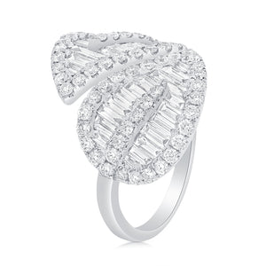Large Baguettes Leaf Ring