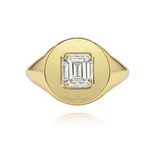 Load image into Gallery viewer, Fancy Shape Statement Signet Ring