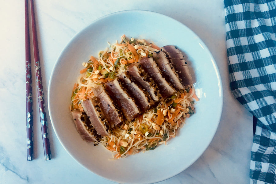 Seared tuna steaks with zingy rice noodle salad