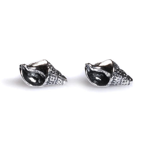 Henryka Seashell Stud Earrings in Silver