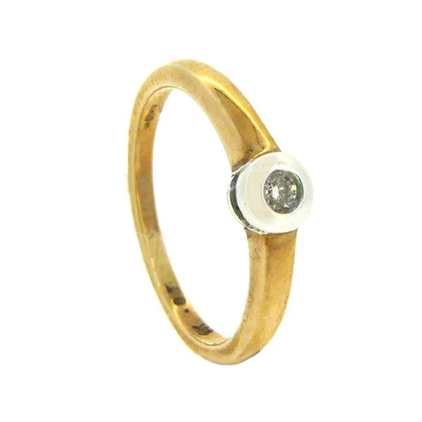 Solitaire Diamond 0.15ct Ring Diamond 9ct Yellow Gold side