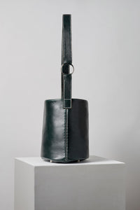 The Leather 706 Bucket Bag In Forest Green