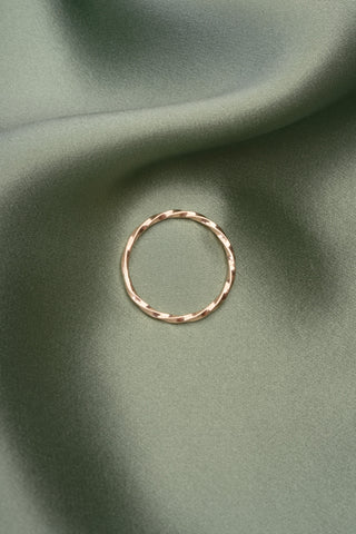 Twist Ring in 14k Yellow Gold