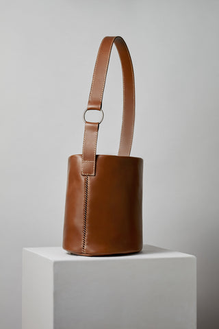 706 Bucket Bag in Cinnamon
