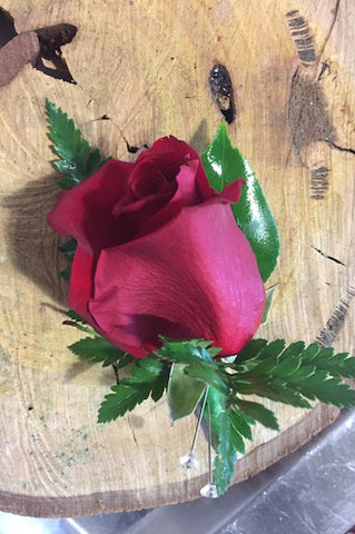 C31 Red Rose Buttonhole