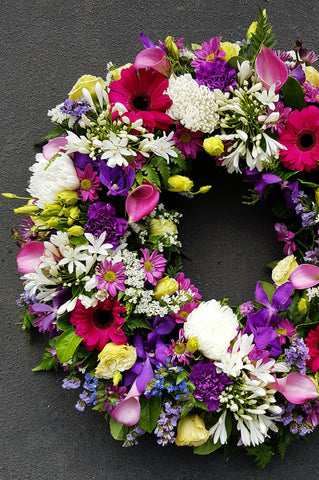 Funeral wreath delivery canberra, funeral flowers, seasonal flowers