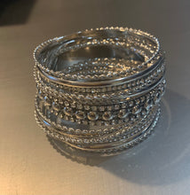 Load image into Gallery viewer, STACKABLE SILVER BRACELET