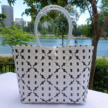 Load image into Gallery viewer, White & Black Diamond Penan Tote Bag