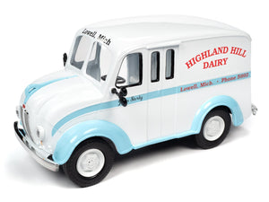 Divco 1950 Highland Dairy Divco Milk Delivery Truck Diecast Model