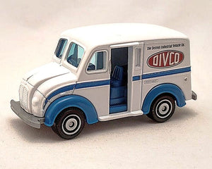 Matchbox Milk Truck Divco Replica