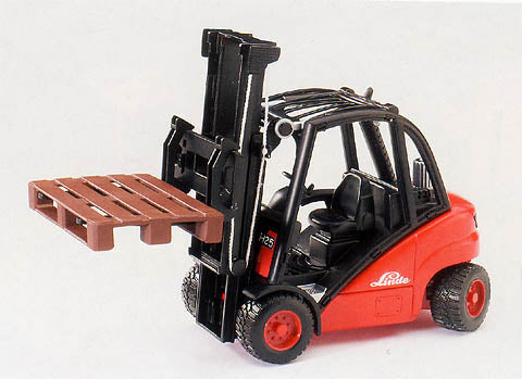 Linde H30D Fork Lift with Pallets