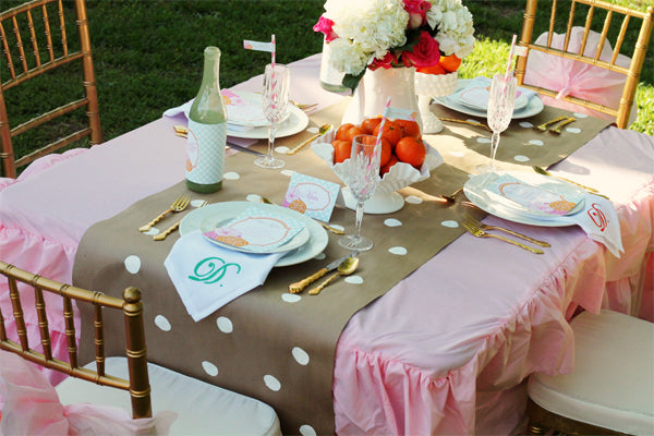 3 Amazing DIY Table Runner Ideas to Add a Personal Touch to Your Setting