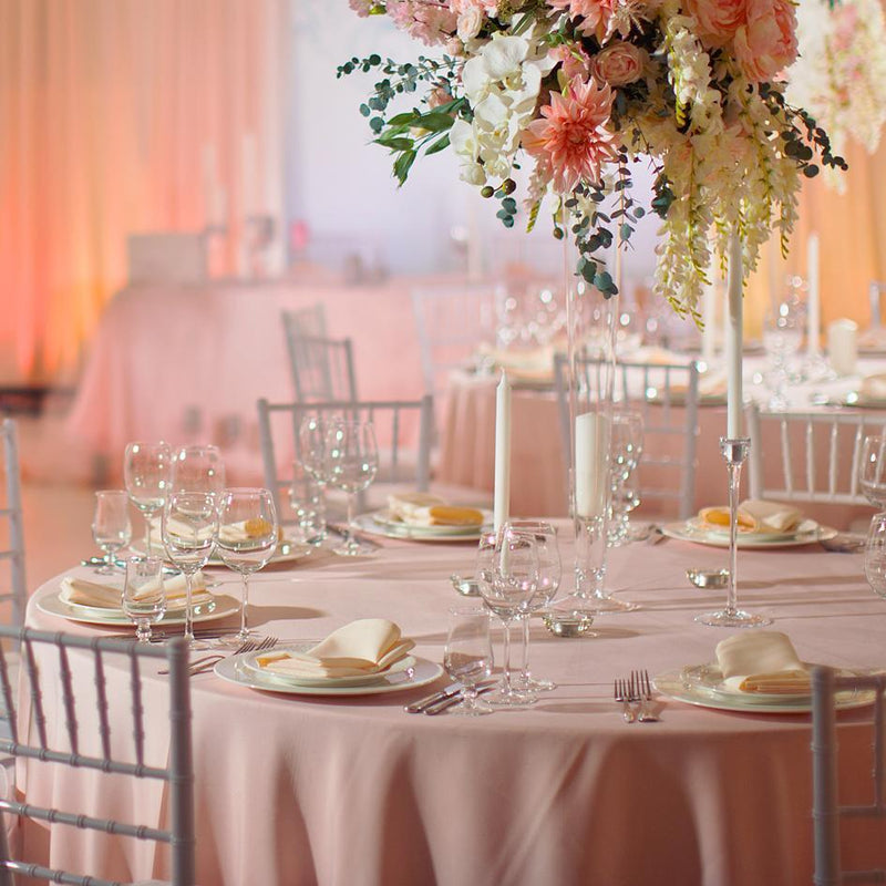 Tips To Choose the Right Size of Tablecloth for Any Special Occasion