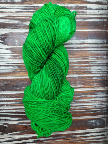Parakeet 115g Superwash Merino Fingering 420 yards