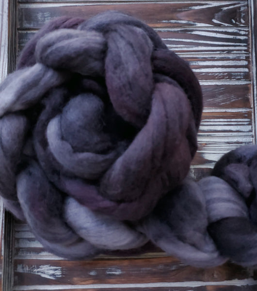 Midnight 4oz Bluefaced Leicester Roving