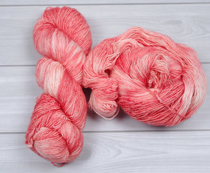 Soft Salmon-SW Merino Single Fingering