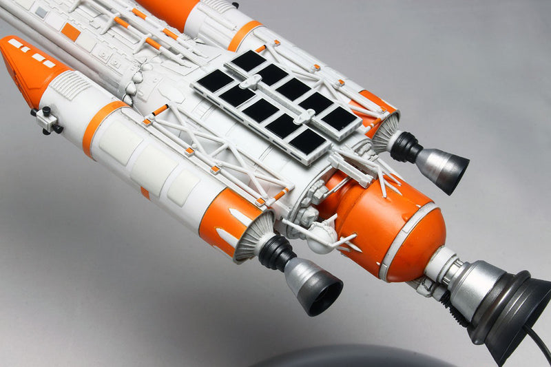 Space 1999 Hawk Mark IX 1/72 Scale Model Kit Thruster Detail