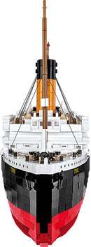 RMS Titanic 1:300 Scale, 2810 Piece Block Kit By Cobi Bow View