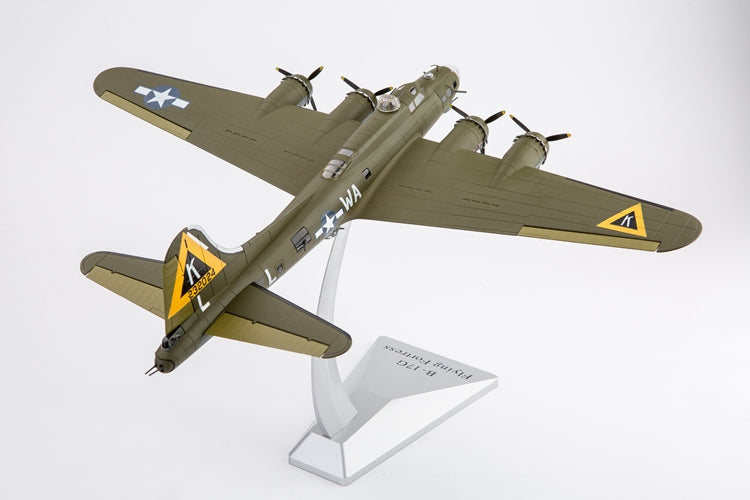 "Boeing B-17G Flying Fortress ""Swamp Fire"" 524th Bombardment Squadron 1944 1:72 Scale Diecast Model"