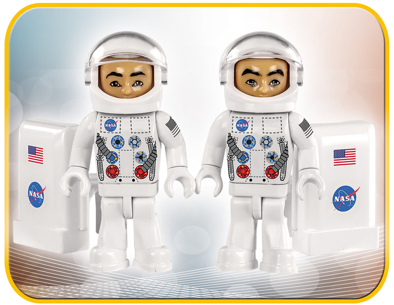 Apollo 11 Lunar Module, 370 Piece Block Kit By Cobi Astronaut Figures