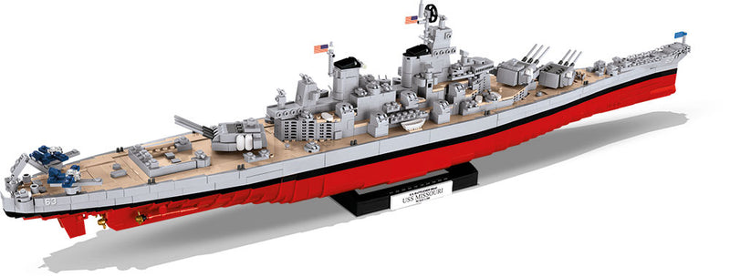 World Of Warships USS Missouri Battleship, 2400 Piece Block Kit
