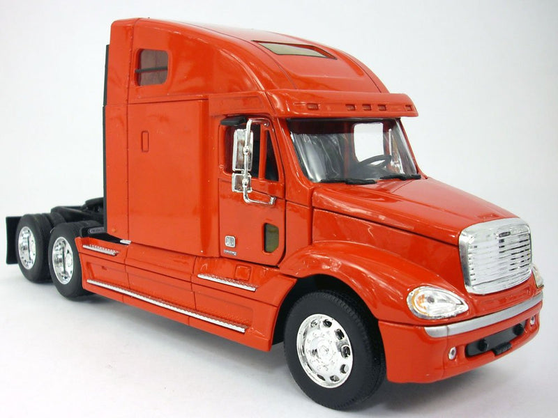 Freightliner Columbia Extended Cab Truck (Red) 1:32 Scale Diecast Truck By Welly (No Retail Box)