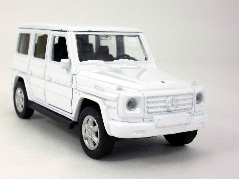 Welly Mercedes Benz G500 (White) 1/32 Scale Diecast Model