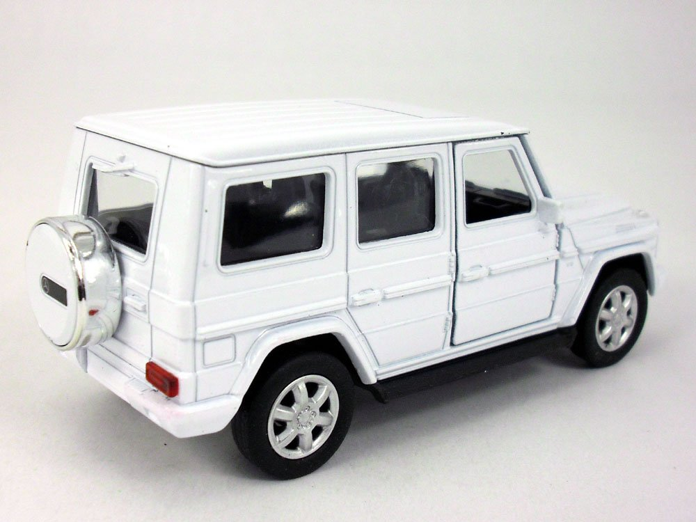 Mercedes Benz G500 (White) 1/32 Scale Diecast Model By Welly