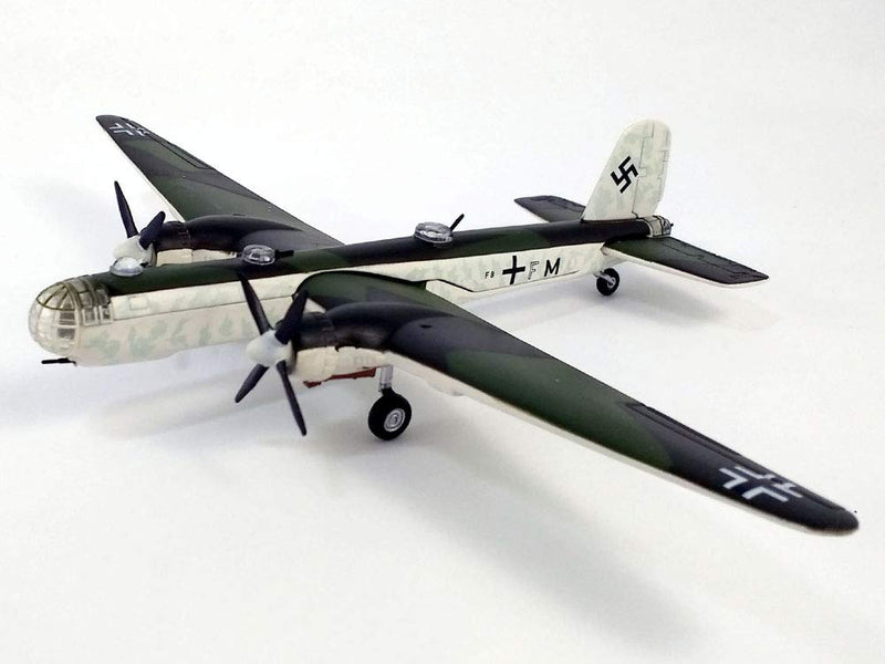 Heinkel He 177  Greif (Griffin) Heavy Bomber 1944 1:144 Scale Model By Atlas Editions