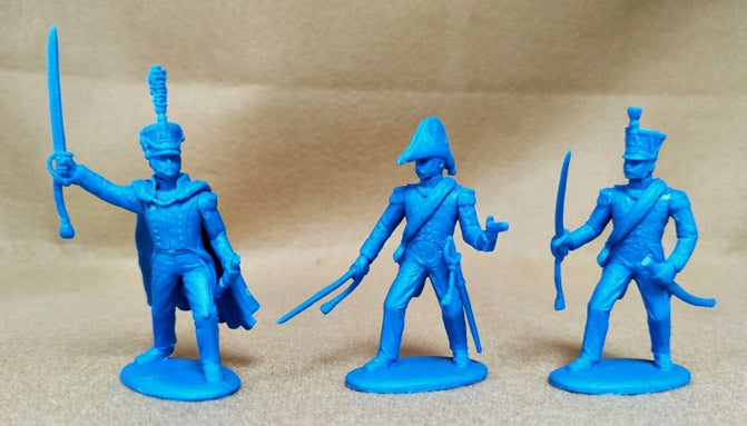 Napoleonic Wars French Line Infantry Officers, 54 mm (1/32) Scale Plastic Figures By Expeditionary Force