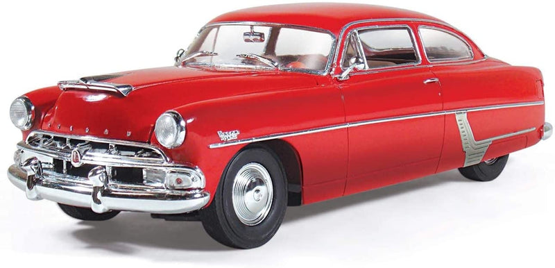 1954 Hudson Hornet Club Special 1:25 Scale Model Kit