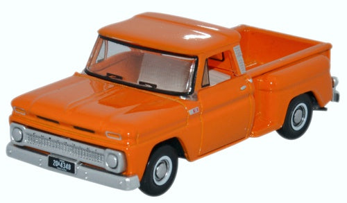 Chevrolet C10 Stepside Pickup 1965, Orange, 1:87 Scale Model By Oxford Diecast
