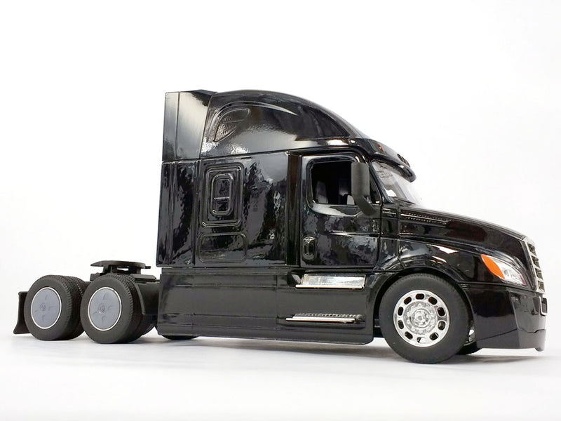 Freightliner Cascadia Sleeper Cab (Black) 1:32  Scale Model By Welly