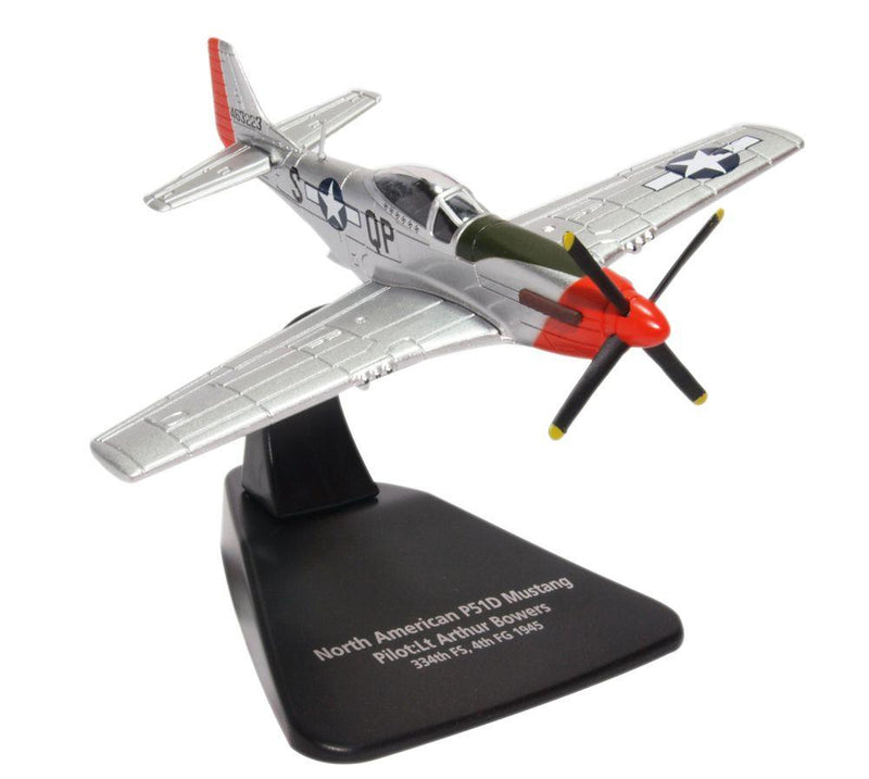 "North American P-51D Mustang ""Sweet Arlene"" 1945 1/72 Scale Model By Oxford Diecast"