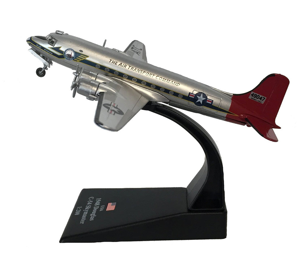 "Douglas C-54 Skymaster ""Candy Bomber"" Berlin Airlift 1948 1:200 Scale Diecast Model By Amercom"