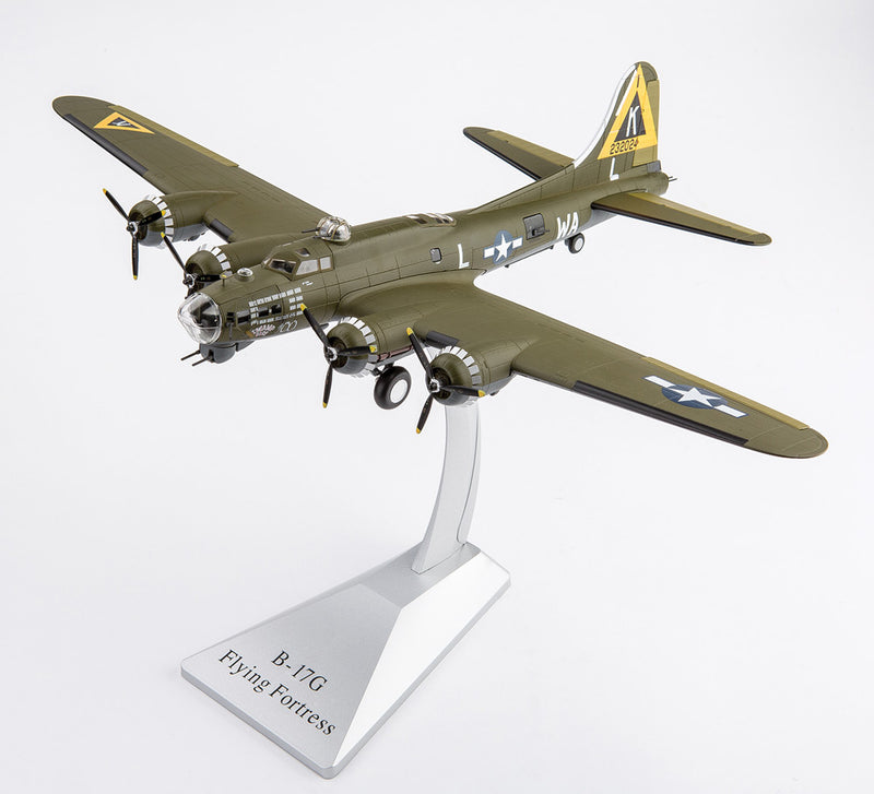 "Boeing B-17G Flying Fortress 524th Bombardment Squadron ""Swamp Fire""  1944 1:72 Scale Diecast Model By Air Force 1"