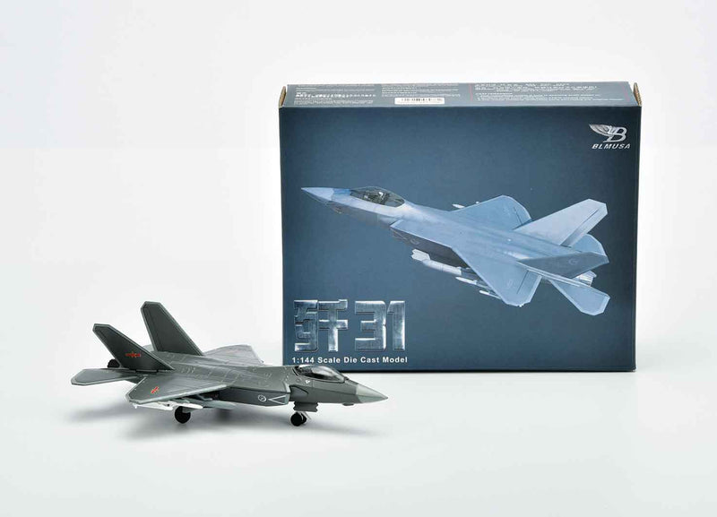 Shenyang J-31 Gyrfalcon 1:144 Scale Model By Air Force 1