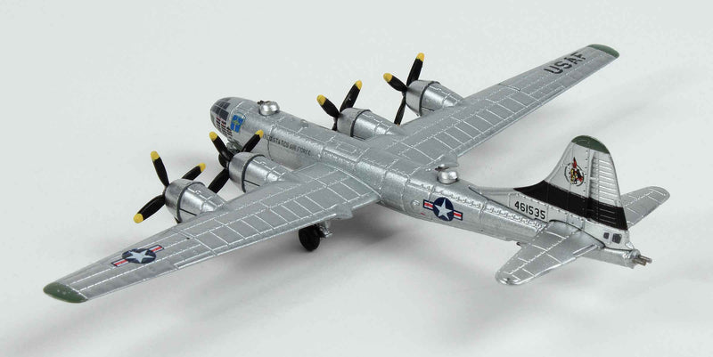"Boeing B-29 Superfortress ""Raz'n Hell"" 1:300 Scale Diecast Model By Air Force 1"