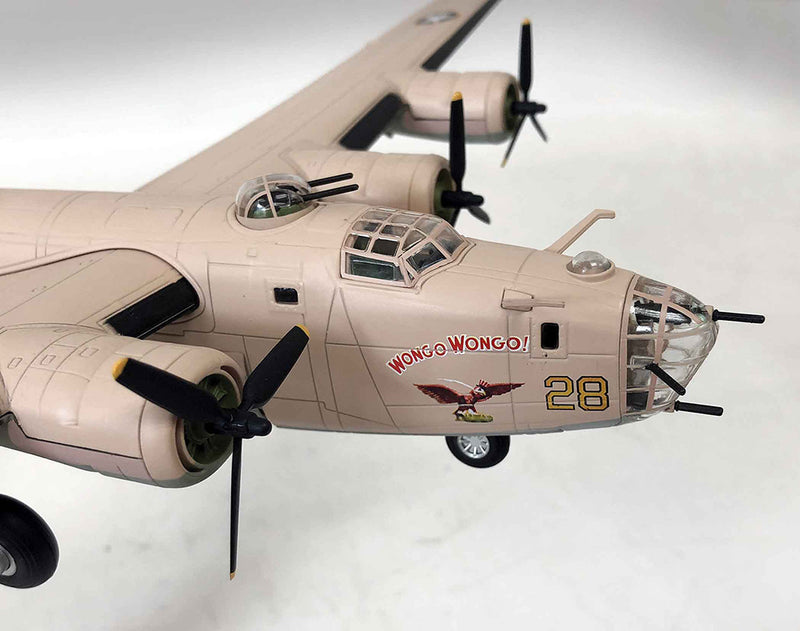 Consolidated B-24D Liberator 1/72 Scale Model By Air Force 1