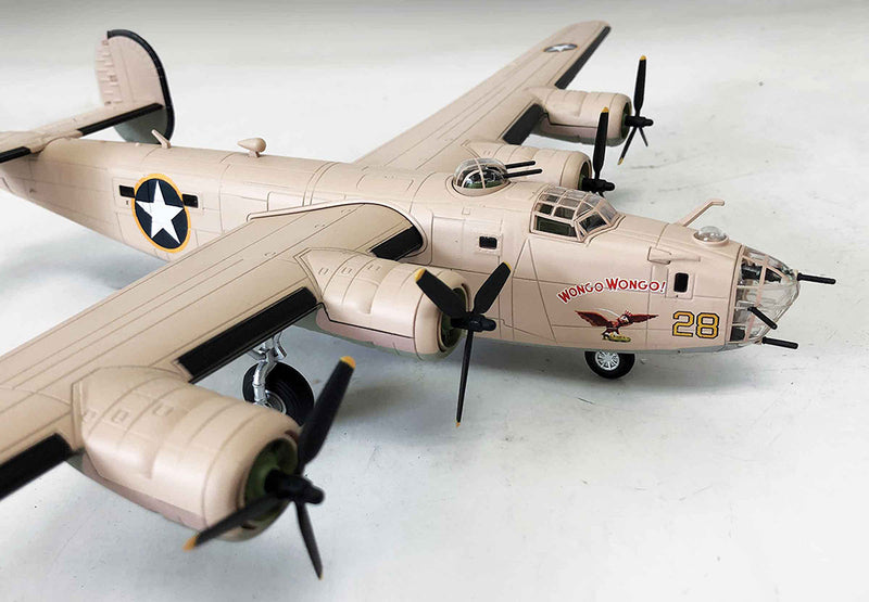 Air Force 1 Consolidated B-24D Liberator 1/72 Scale Model Right Front