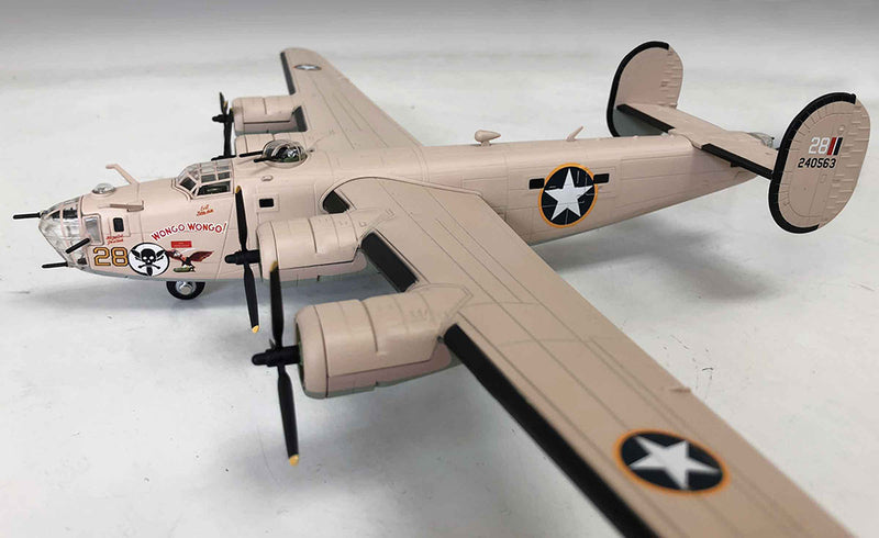Air Force 1 Consolidated B-24D Liberator 1/72 Scale Model Left Front