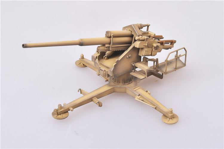 Rheinmetall-Borsig 12.8 cm Flak 40 Anti-Aircraft Gun Germany 1944 1:72 Scale Model  By Modelcollect