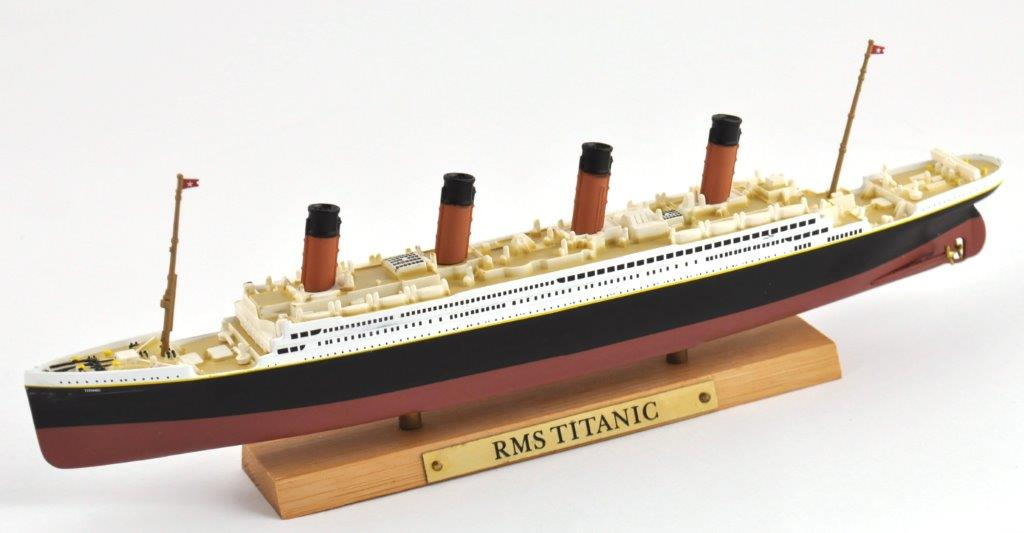 RMS Titanic 1:1250 Scale Diecast Model By Atlas Editions