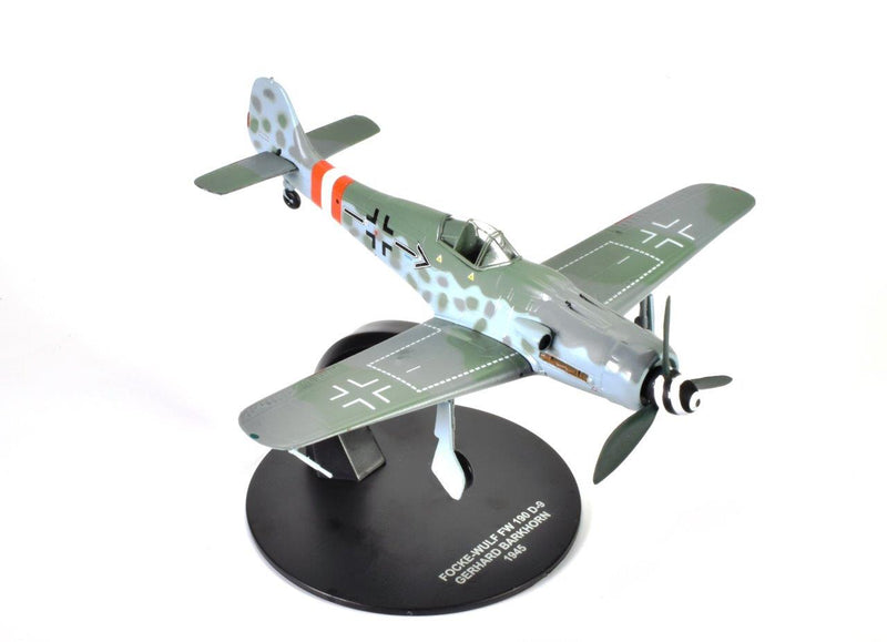 Focke-Wulf Fw 190D-9 Gerhard Barkhorn 1945,1:72 Scale Model By Atlas Editions Right Front View