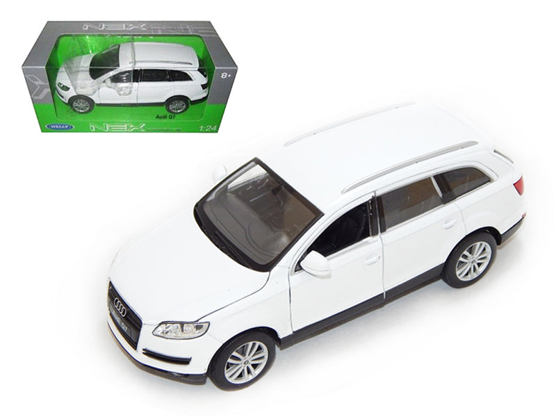 Audi Q7 2009 (White) 1:24 Scale Diecast Car By Welly