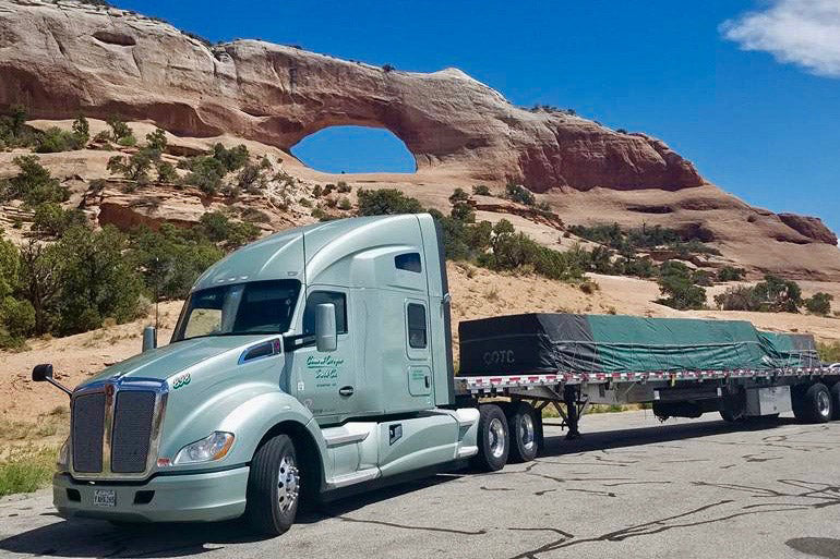 KW T680 Sleeper W/ Flatbed Central Oregon Truck Company