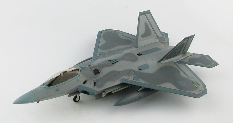 "Lockheed Martin F-22A Raptor, 43rd Fighter Squadron ""Hornets"" 2008, 1:72 Scale Diecast Model By Hobby Master"