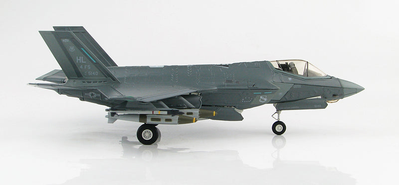 "Lockheed Martin F-35A Lightening II 4th FS ""Fightin Fuujins"" 1:72 Scale Diecast Model By Hobby Master Right Side View"