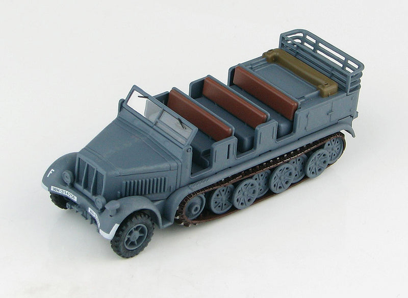Sd KFz 7 8-Ton Half Track 1942 1/72 Scale Model By Hobby Master