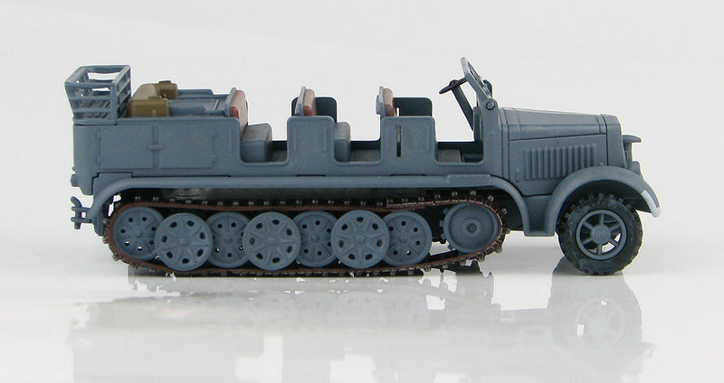 Sd KFz 7 8-Ton Half Track 1942 1/72 Scale Model By Hobby Master Right Side View